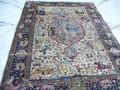 Новые и антикварные ковры ручной работы