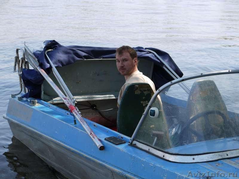 продажа б.у моторных лодок сургут