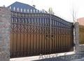 Ворота секционные,  стальные гаражные,  пром-ворота