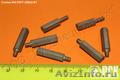Стойка установочная крепежная круглая со шлицем и резьбовыми отверстиями ГОСТ 20